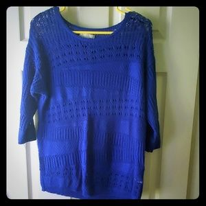 Dana Buchman Blue 3/4 sleeve sweater
